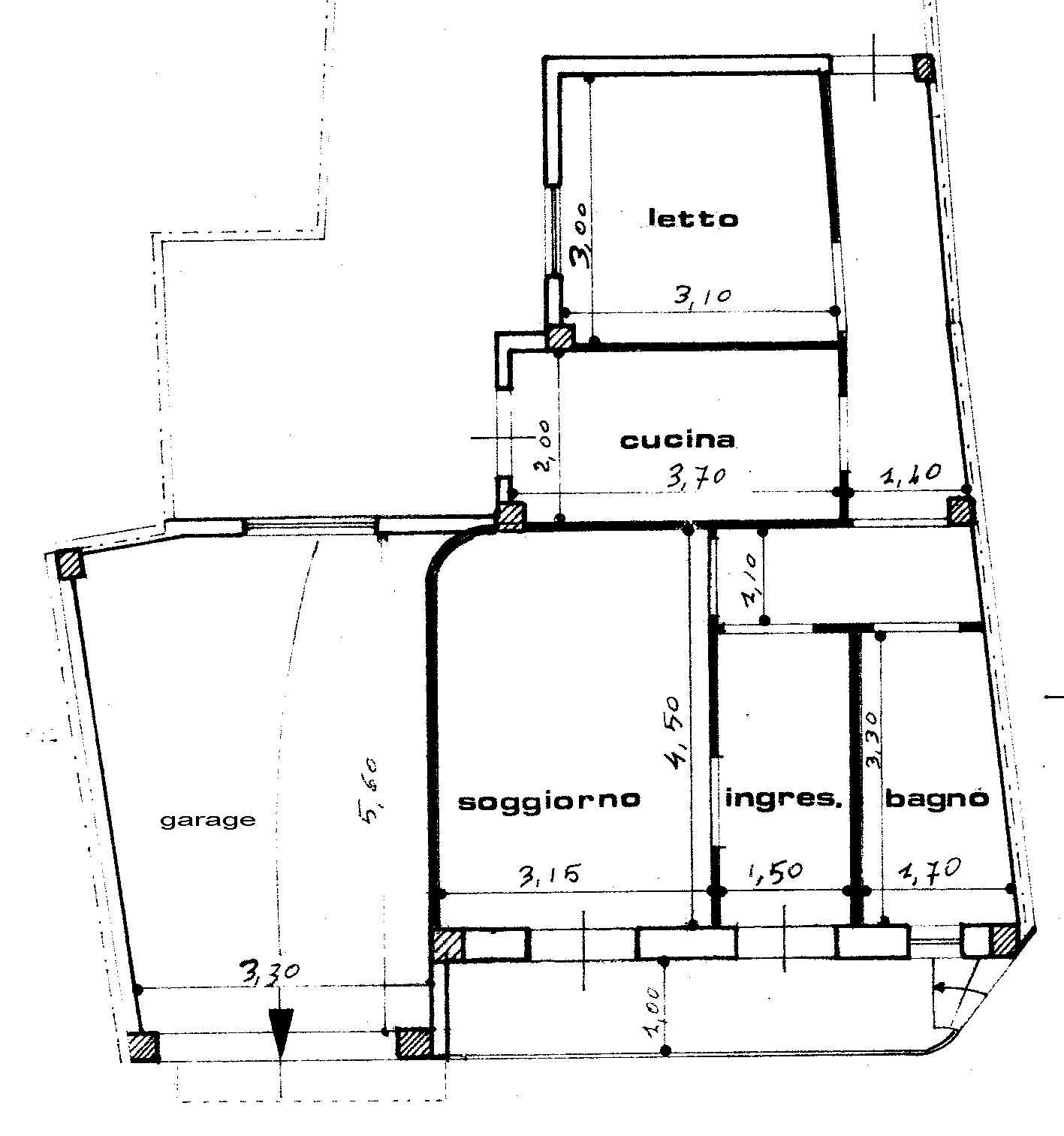 La casa scuola media for Planimetrie della casa con seminterrato di sciopero